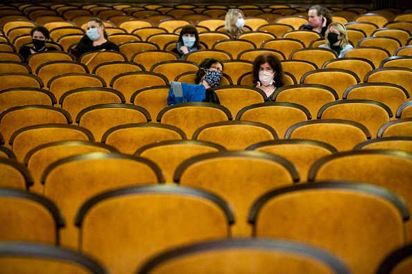 Movie Theater「Czech Republic Further Eases Its Coronavirus Lockdown」:写真・画像(4)[壁紙.com]