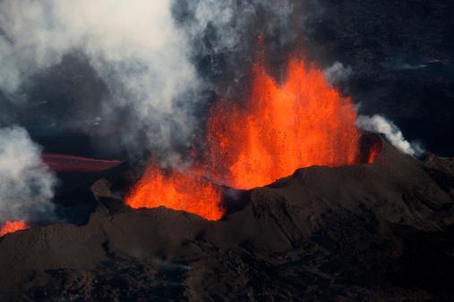 Lava Plain「Bárdarbunga volcanic eruption, Iceland.」:スマホ壁紙(13)
