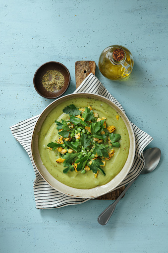 Mint Leaf - Culinary「Spinach and Green Pea Soup with Grilled Corn」:スマホ壁紙(9)