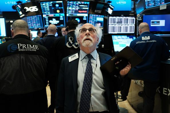 Stock Market and Exchange「Markets Open As Economic Fears Grow Over Coronavirus Spread」:写真・画像(3)[壁紙.com]