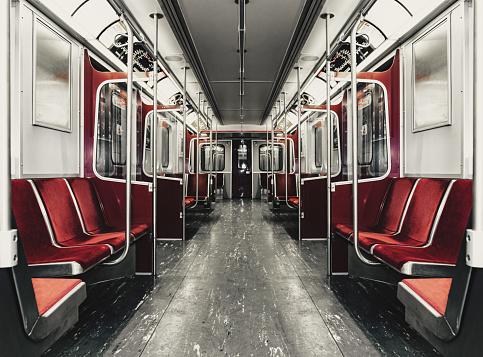 Passenger Cabin「Subway Car Interior」:スマホ壁紙(12)