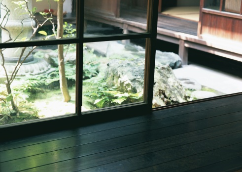 Kyoto Prefecture「Glass Door」:スマホ壁紙(12)