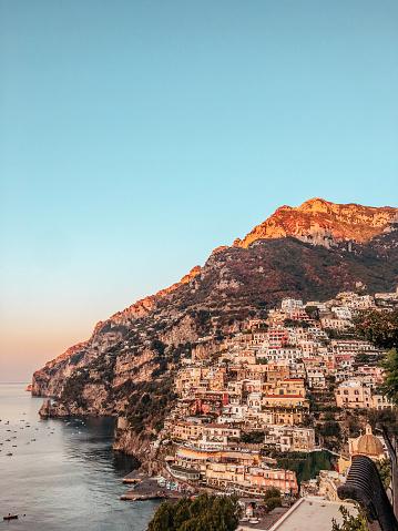 Tyrrhenian Sea「Cities of Amalfi coast, Italy」:スマホ壁紙(10)