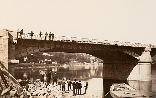 Water's Edge「Pont De La Mulatiere」:写真・画像(12)[壁紙.com]