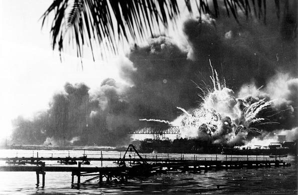 Exploding「Destroyer Explodes」:写真・画像(18)[壁紙.com]