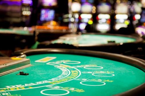 Leisure Games「Blackjack table」:スマホ壁紙(3)