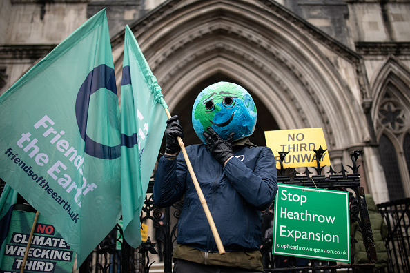 Airport Runway「Court Rules On Controversial Third Runway For Heathrow」:写真・画像(17)[壁紙.com]