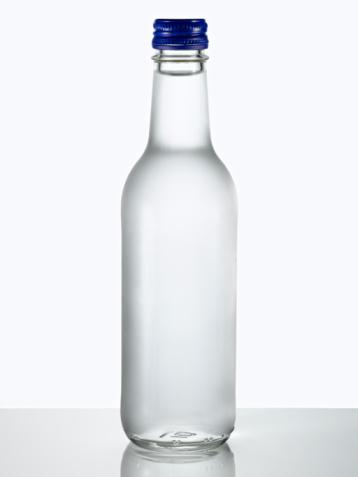 Drinking Glass「Glass bottle of water.」:スマホ壁紙(6)