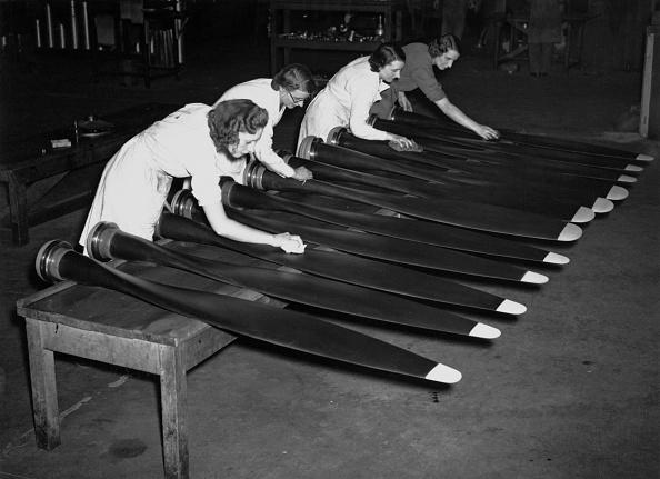 Engineering「Aeroplane Propeller Production」:写真・画像(9)[壁紙.com]