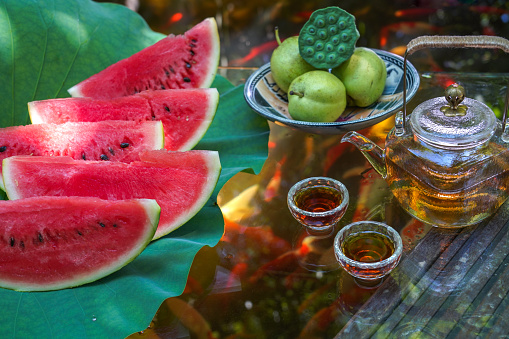 Carp「The pond water melon」:スマホ壁紙(15)