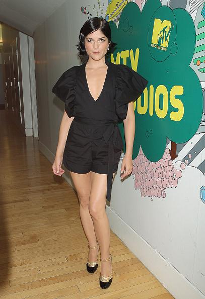 Ankle Strap Shoe「MTV TRL Presents Selma Blair」:写真・画像(18)[壁紙.com]