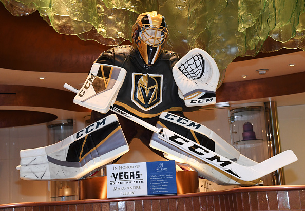 NHL Award「The Bellagio Honors Vegas Golden Knights With Chocolate Sculpture of Marc-Andre Fleury」:写真・画像(9)[壁紙.com]
