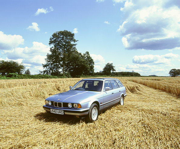 Grass Family「1992 BMW 525i touring」:写真・画像(14)[壁紙.com]