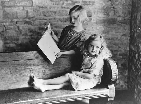 Bench「Jessica Mitford」:写真・画像(2)[壁紙.com]