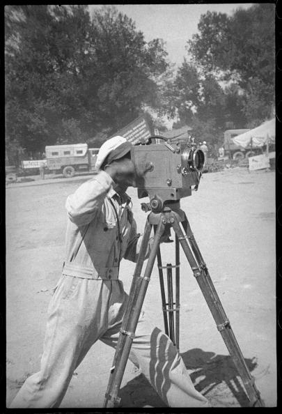 Max Penson「A Cameraman」:写真・画像(7)[壁紙.com]