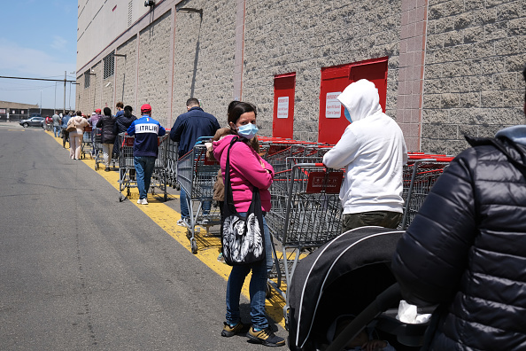 Costco Wholesale Corporation「Coronavirus Pandemic Causes Climate Of Anxiety And Changing Routines In America」:写真・画像(10)[壁紙.com]
