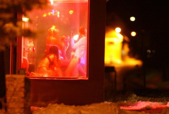Prostitution「Czech prostitutes」:写真・画像(16)[壁紙.com]