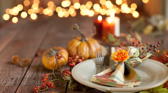 Social Gathering「Autumn Thanksgiving dining table place setting on an old wood rustic table」:スマホ壁紙(1)