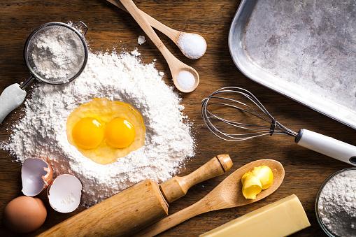 Dessert「Preparing dough for baking」:スマホ壁紙(4)