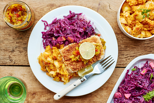 Fennel「Braised red cabbage fennel and apple, sweet potato parsnip mash with Tempeh fillets」:スマホ壁紙(19)