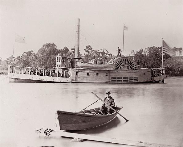 Passenger Craft「US Gunboat Brady Album」:写真・画像(3)[壁紙.com]