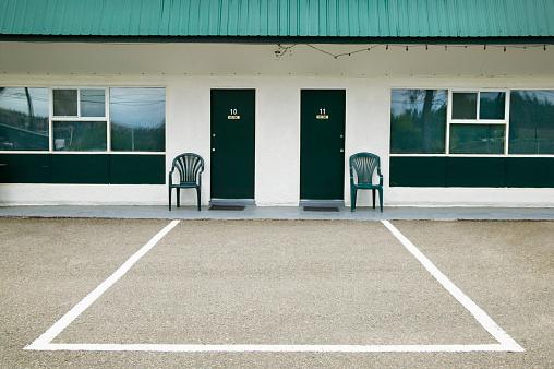 Motel「Motel in British Columbia」:スマホ壁紙(15)