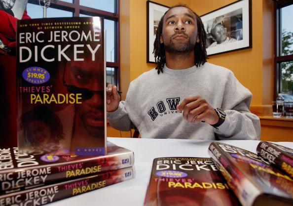 Scott Olson「Author Eric Jerome Dickey...」:写真・画像(12)[壁紙.com]
