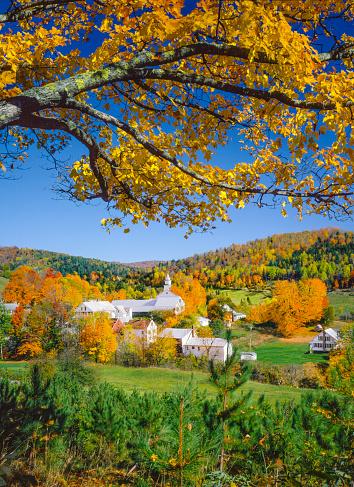 グリーン山脈「ニューイングランド地方の秋ます。バーモント州」:スマホ壁紙(5)