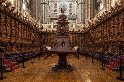 Singer「The choir in Salamanca cathedral, Spain.」:スマホ壁紙(10)