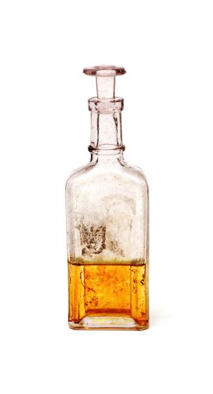 Poisonous「Antique glass bottle containing golden liquid」:スマホ壁紙(19)