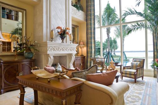 Formalwear「Formal living room overlooking water」:スマホ壁紙(13)