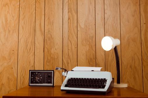 1980-1989「Retro Office Desk」:スマホ壁紙(3)
