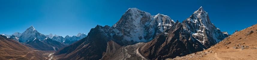 Ama Dablam「Peaks pinnacles panorama high mountain summits glacier valley Himalaya Nepal」:スマホ壁紙(7)