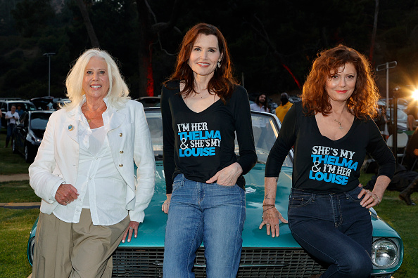 """映画上映会「MGM And Cinespia Host """"Thelma And Louise"""" 30th Anniversary Drive-In Charity Screening Experience」:写真・画像(17)[壁紙.com]"""