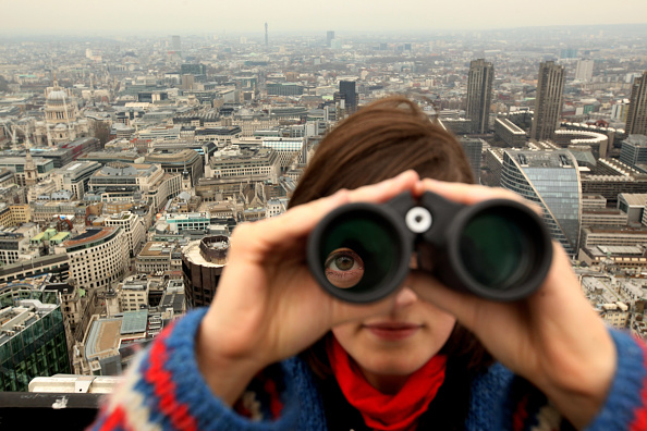 Oli Scarff「Ornithologists Study London's Bird Life From The Top Of Tower 42」:写真・画像(14)[壁紙.com]