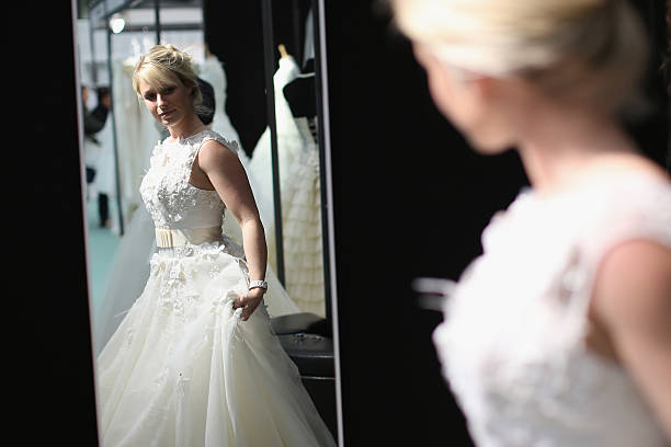 Visitors Enjoy The National Wedding Show At Olympia:ニュース(壁紙.com)