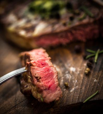 Porterhouse Steak「Delicious T-Bone Steak Medium Roasted」:スマホ壁紙(8)