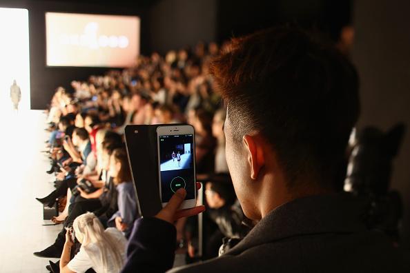 Photography Themes「Telecommunications At Mercedes-Benz Fashion Week Australia 2016」:写真・画像(0)[壁紙.com]