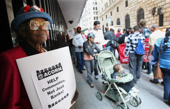 Crisis「Activists Protest Fed Bail Out Of Wall Street」:写真・画像(12)[壁紙.com]