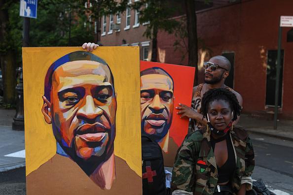 Portrait「Black Lives Matter Protests Held In Cities Nationwide」:写真・画像(2)[壁紙.com]