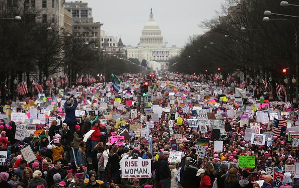 Capitol Hill「Thousands Attend Women's March On Washington」:写真・画像(15)[壁紙.com]