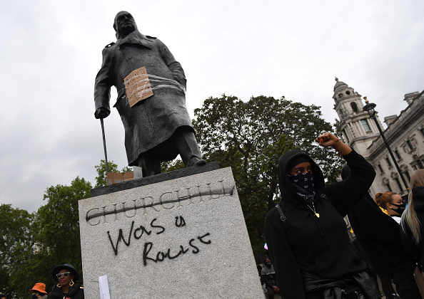 Statue「Black Lives Matter Demonstrations In UK Continue Into The Weekend」:写真・画像(10)[壁紙.com]