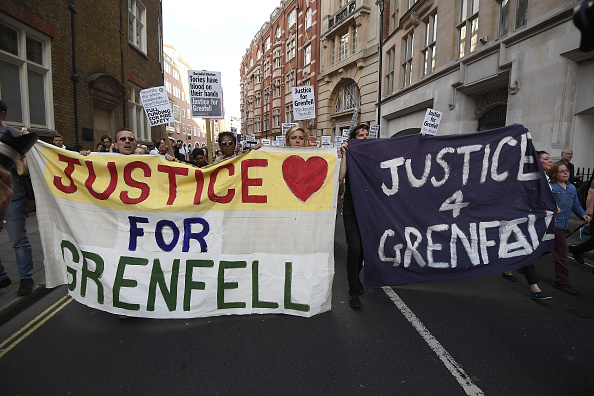 Carl Court「Mounting Despair And Anger As Residents Of Grenfell Tower Seek Answers」:写真・画像(9)[壁紙.com]