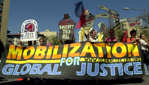 Taco「Protesters Rallly Against World Bank And IMF」:写真・画像(18)[壁紙.com]