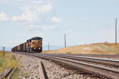 Approaching「Union Pacific Railroad train approaching」:スマホ壁紙(3)