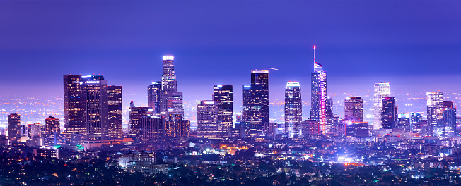 City Of Los Angeles「Los Angeles Downtown at dusk, California stock photo」:スマホ壁紙(3)