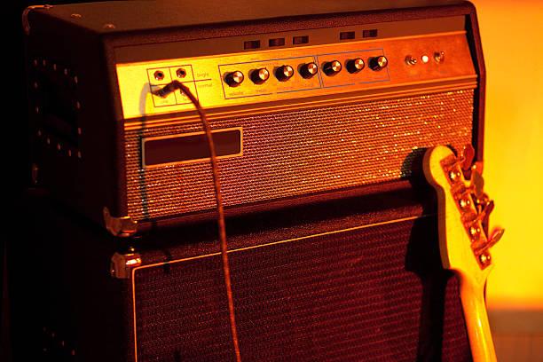 Bass Guitar Amplifier:スマホ壁紙(壁紙.com)