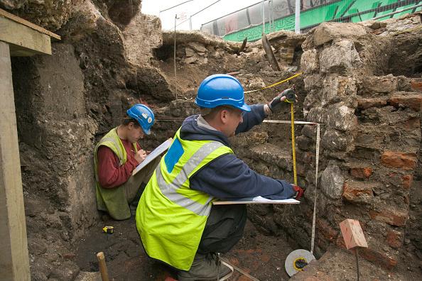 Vitality「Archaeological dig prior to a large regeneration property development in Bermondsey square, South London. UK.」:写真・画像(10)[壁紙.com]