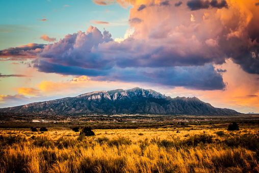 Sandia Mountains「Sandia Mountains with Majestic Sky and Clouds」:スマホ壁紙(2)