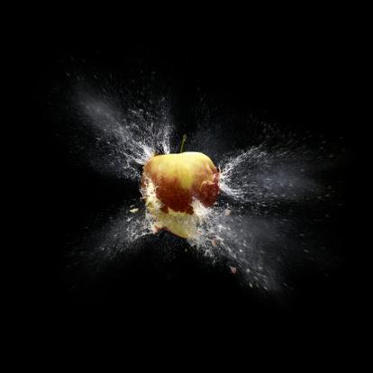 Exploding「apple shootout 02 def」:スマホ壁紙(2)
